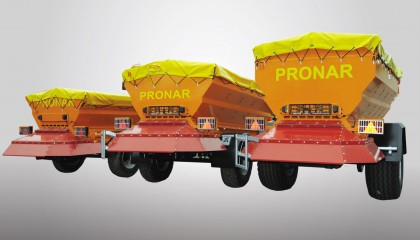 Spreaders PRONAR T130, T131, T132