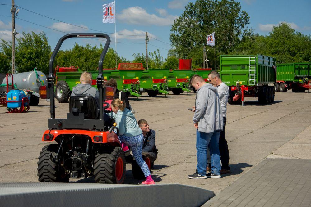 Dzień Otwarty Fabrycznego Punktu Sprzedaży w Andrzejewie za nami