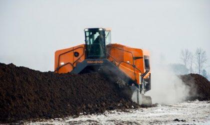 Przerzucarka kompostu PRONAR MBA 4512g
