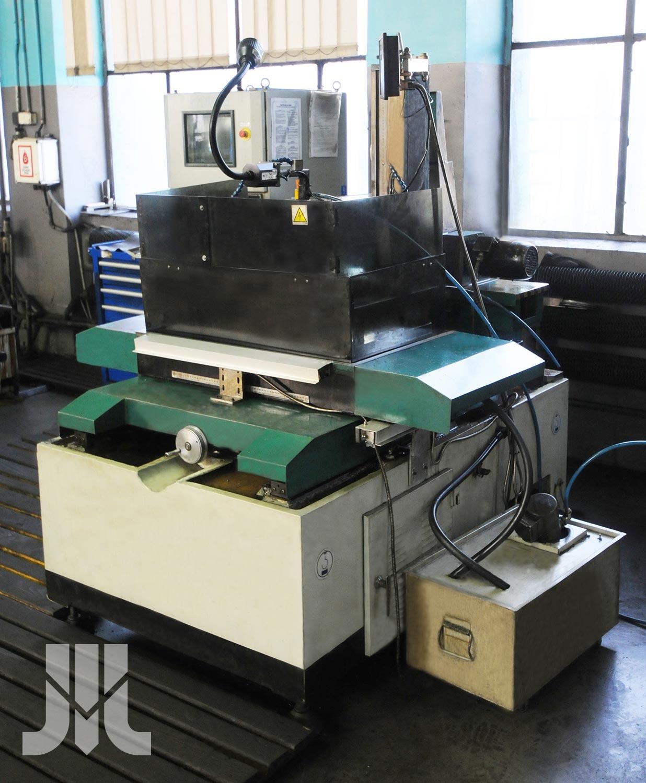 Elektroerozyjna wycinarka drutowa GS 405B