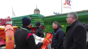 Lauksaimniecibas tehnika  pronar